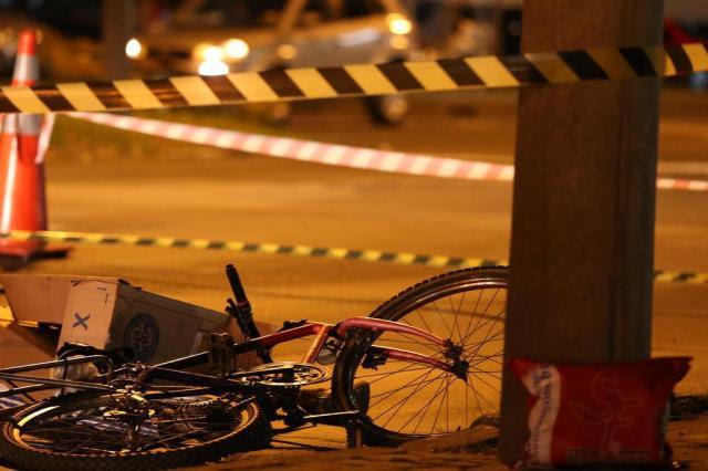 Ciclista morre em acidente na zona norte de Porto Alegre Adriana Franciosi/Agencia RBS