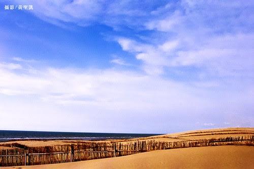 苑裡沙丘海岸。攝影:黃聖凱