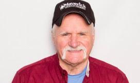 "Wreaths Across Americas ""Trucking Tributes"" Presents Maverick Transportation, LLC"