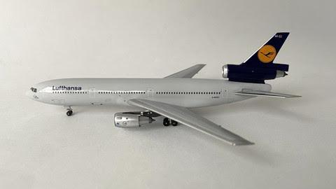 AC419738 | Aero Classics 1:400 | DC-10-30 Lufthansa D-ADSO