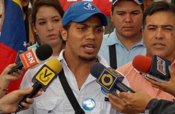 Vilcar Fernández, les dio 150 Bs. para que generaran violencia en la entidad andina. Reseñado en la LaIguana.TV