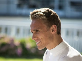 F1 driver Max Chilton & BTCC stars get their eye in for Revival