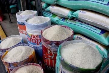 Disminuye preferencia por arroz envasado ante alza de precios