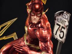 NEW 52 THE FLASH STATUE