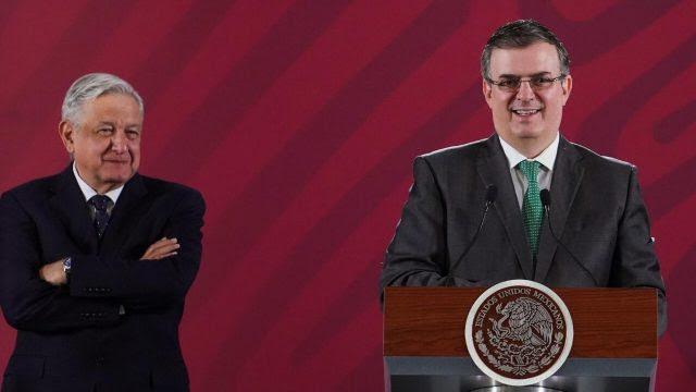 AMLO y Ebrard confirman que no hay mexicanos deportados por redadas en EU •  Forbes México
