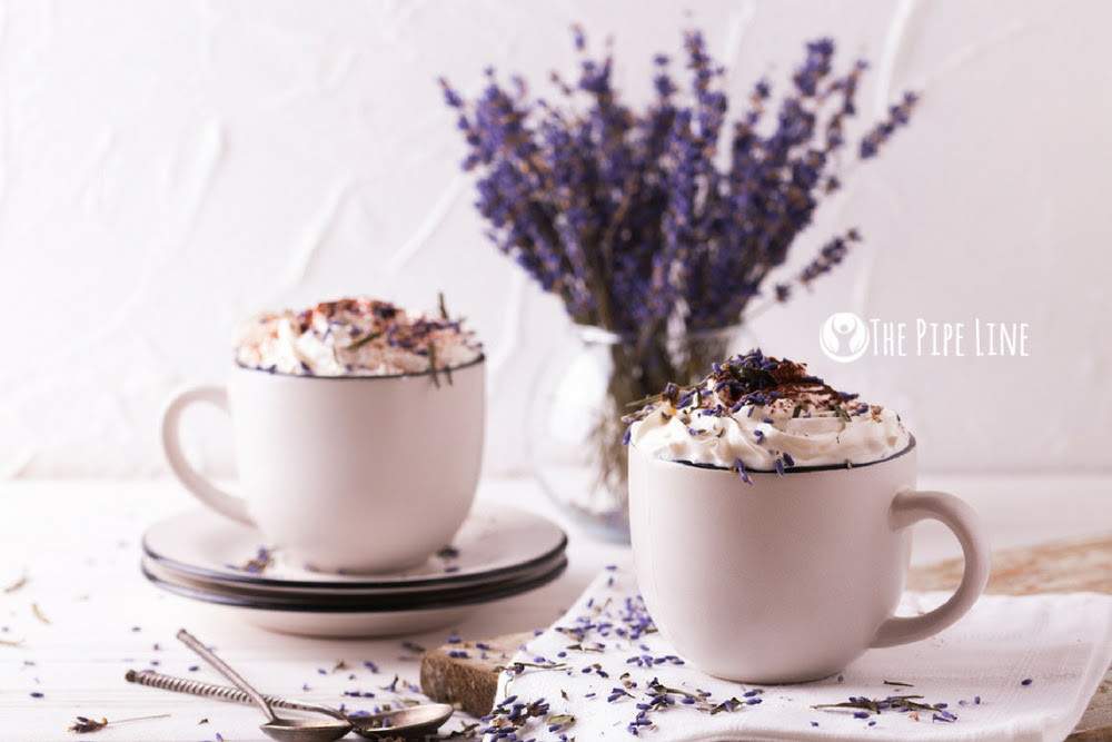 WANT TO RELAX AT NIGHT? DRINK THIS LAVENDER LATTE