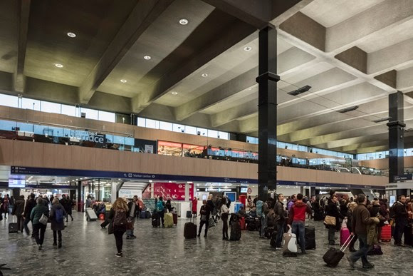 Network Rail to spread Christmas cheer at London Euston station for 200 of London's homeless