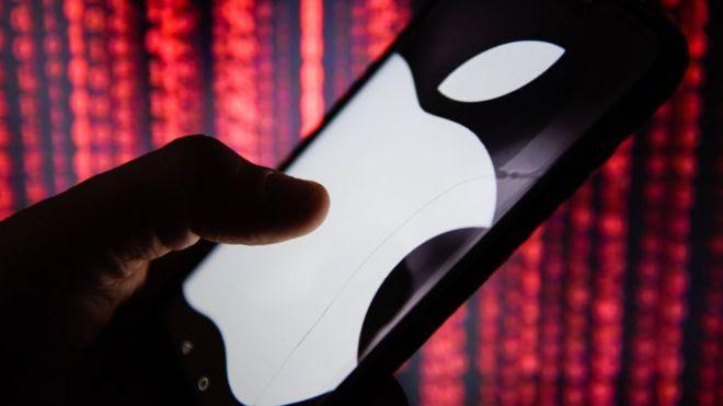 Telefone com logo da Apple