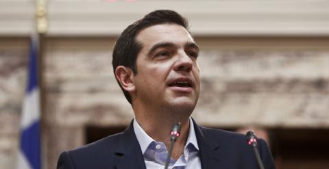 El primer ministro griego, Alexis Tsipras, en una intervención ante los diputados de Syriza. REUTERS/ Alkis Konstantinidis