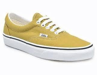 Vans UA Era Sepatu Sneaker - Olive Oil-True White