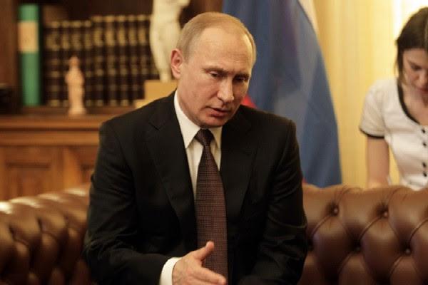 «Ψυχρός πόλεμος» Βρετανίας και Ρωσίας - Ο Πούτιν διώχνει 23 διπλωμάτες