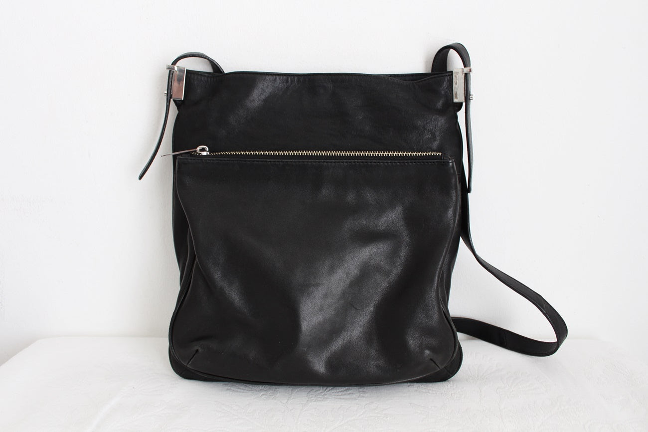 COUNTRY ROAD GENUINE LEATHER MESSENGER BAG