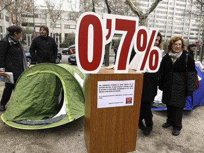 Foto de archivo de una acampada simbólica como protesta por los Presupuestos Generales de 2014 llevada a cabo por Coordinadora de ONG para el Desarrollo.
