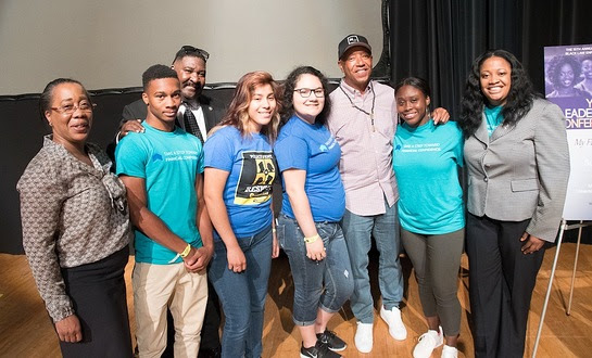 Russell Simmons and Captain Dennis Muhammad of The Peace Keepers with attendees at NOBLE's 15th Annual Youth Leadership Conference