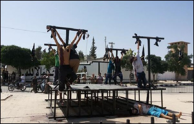 ISIS Crucifies 8 Christians in Syria for Apostasy