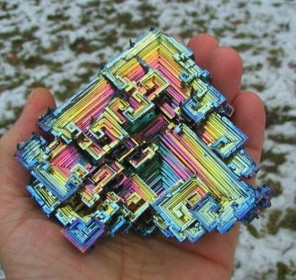 Natural state of bismuth.