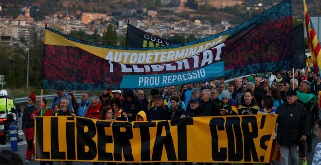 16/10/2019.- Independentistas inician desde Berga una de las 'marchas por la libertad', movilizaciones de protesta contra las condenas a los líderes del 'procés'. / EFE