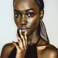 Maybelline escolhe a beleza negra de Herieth Paul como seu novo rosto