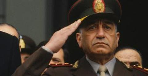 El general Cristino Nicolaides, último jefe del Ejército durante la dictadura argentina (1976-1983).