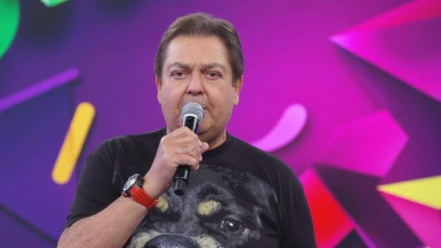 Faustão promete para maio a estreia da Super Dança dos Famosos
