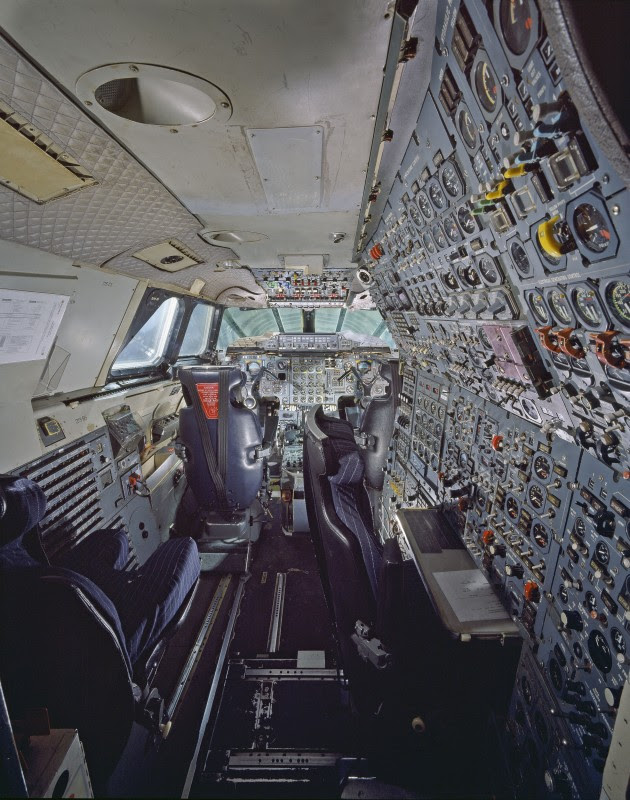 http://www.laboiteverte.fr/21-cockpits-davions/cockpit/