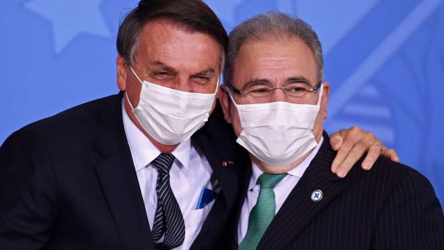 Queiroga diz que partiu de Bolsonaro orientação para rever vacina de adolescentes