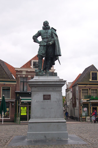 Image result for standbeeld jan pieterszoon coen/Foto's