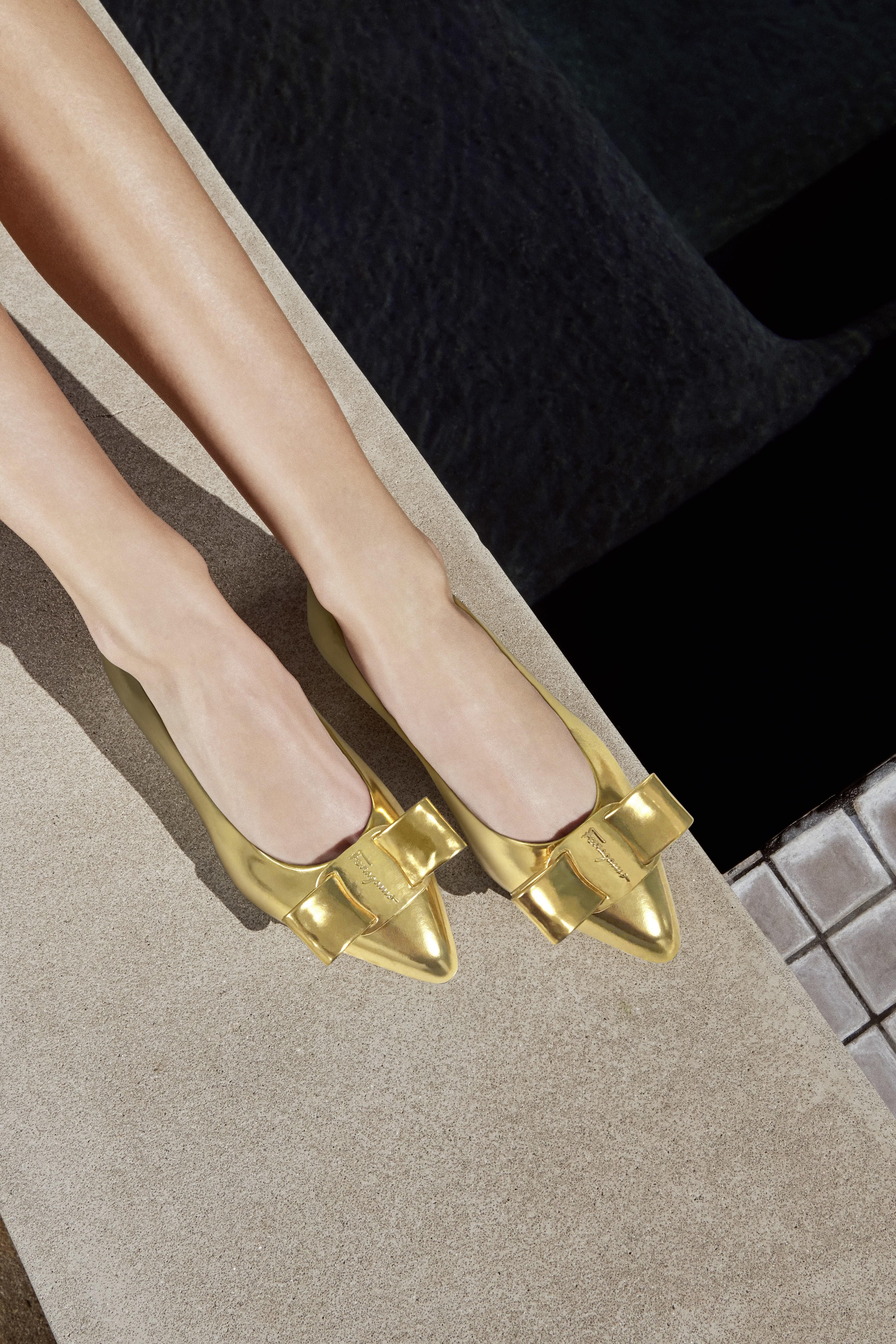 825e3d08 9720 47e7 8a23 118e7e1fe332 - Salvatore Ferragamo presenta la campaña del zapato 'VIVA'