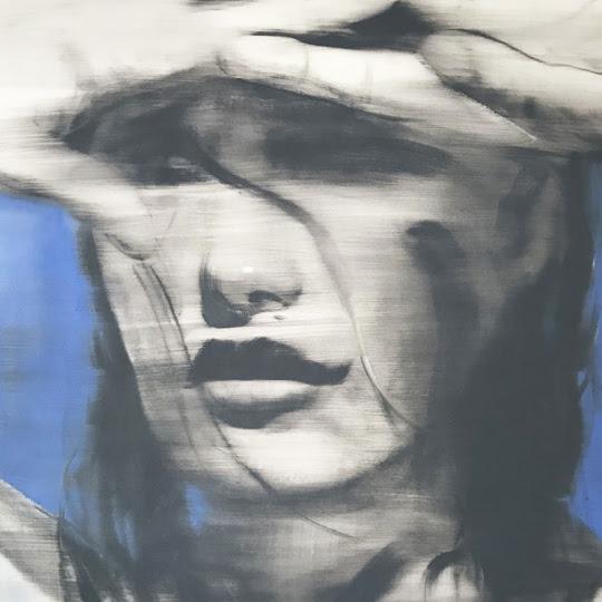 Céu azul escuro por Janos Huszti
