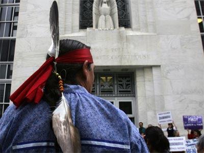 Indios onondaga apelan a OEA para que reconozca que EEUU se quedó sus tierras.