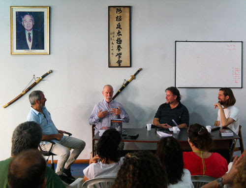 """Presentación del Libro """"Los 13 maestros"""" de Francisco Clemares y Hernán Haedo"""