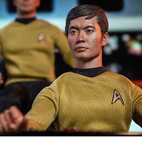 STAR TREK: THE ORIGINAL SERIES HIKARU SULU 1/6 SCALE FIGURE