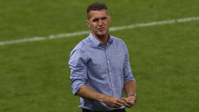 Mancini convoca sete nomes da base e segue com testes no Corinthians