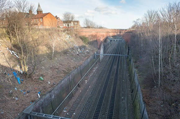 Network Rail to carry out major clean up of railway in Richmond Hill