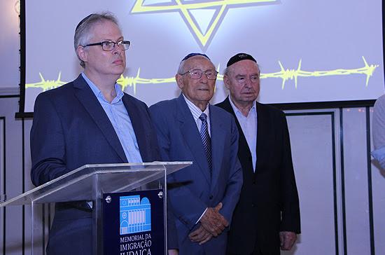 https://www.coisasjudaicas.com/2018/04/comunidade-judaica-de-sp-lembra-o-yom.html
