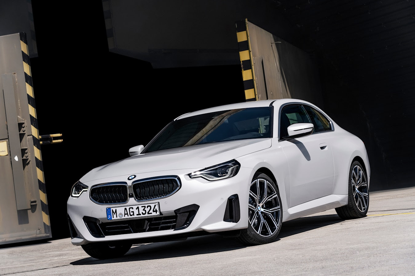 2022 BMW 2 Series coupe –2022 BMW 220i Coupe