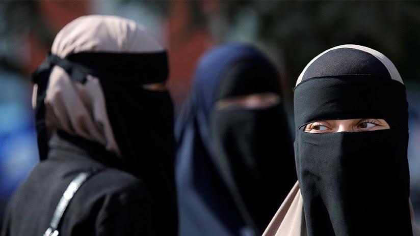 Multan a la primera mujer en Dinamarca por llevar velo islámico