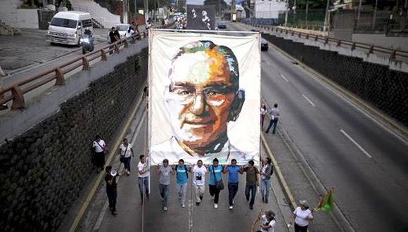 salvadoreAos-Ascar-Arnulfo-conmemoraciAn-Romero_LPRIMA20150323_0181_24