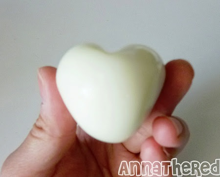 ביצה בצורת לב