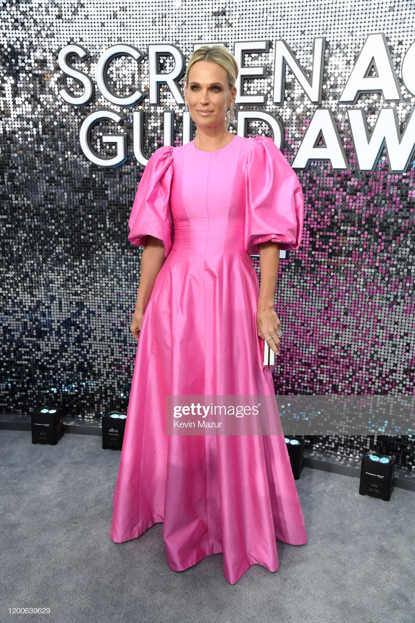 """f5417136 04f3 40cb 9837 e9cd97d0393a - Screen Actors Guild Awards"""" 2020: Scarlett Johansson y Leonardo Dicaprio entre las celebrities que lucieron Jimmy Choo"""