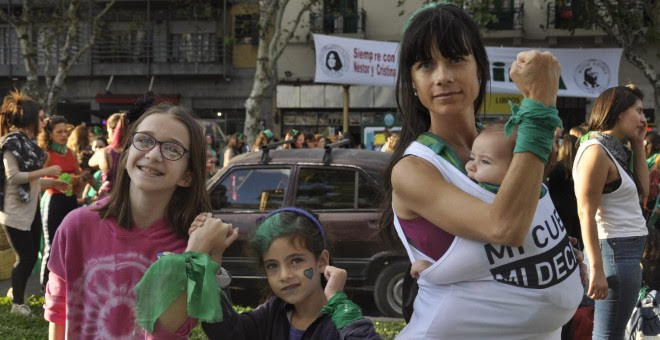 Manifestantes de las marchas feministas por Argentina el día 8 de marzo. ANA DELICADO