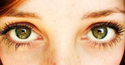 Scientists Discover a Woman Whose Eyes Have a Whole New Type of Colour Receptor – She Can See What We Can't