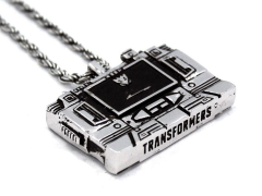 TRANSFORMERS SOUNDWAVE CASSETTE PLAYER PENDANT