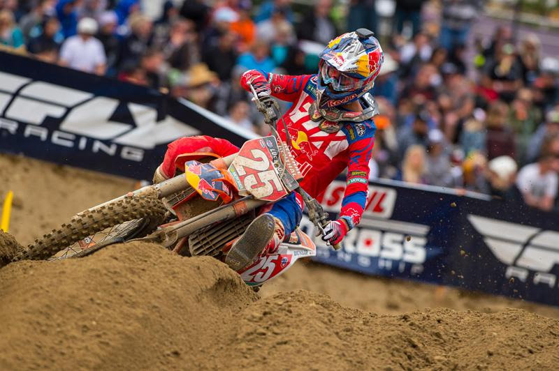 Musquin has started the season with 1-2-1-1 moto finishes.Photo: Simon Cudby
