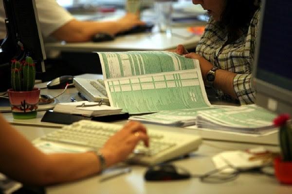 Φορολογικές δηλώσεις 2018: Τα «tips» που θα φέρουν έκπτωση φόρου