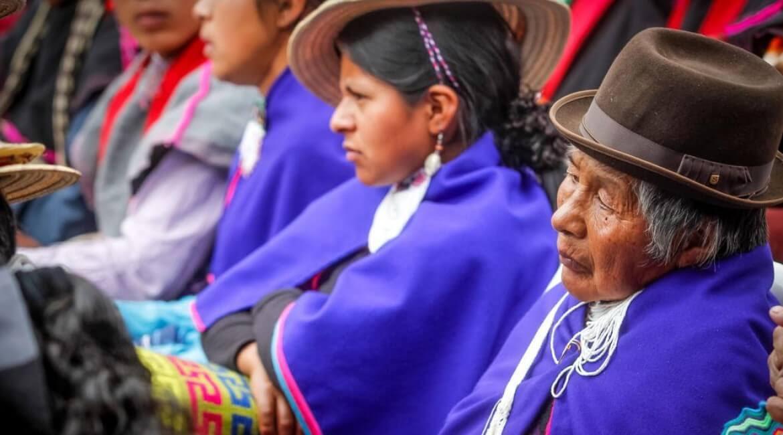 indigenas-misak-pueblos-originarios-dia-raza-roberto-gonzalez