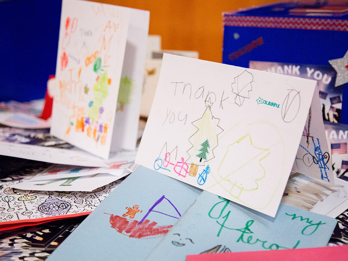 cards made by children to thank servicemembers