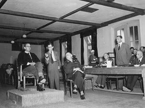 Конрад Морген выступает в качестве  свидетеля на Нюрнбергском процессе