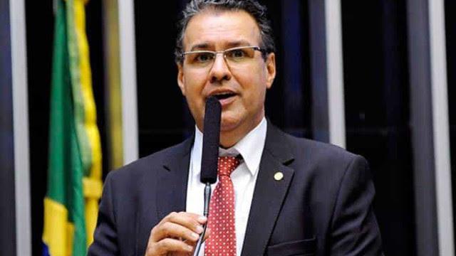 Bancada da bala sugere implementar juiz de garantias em 5 anos