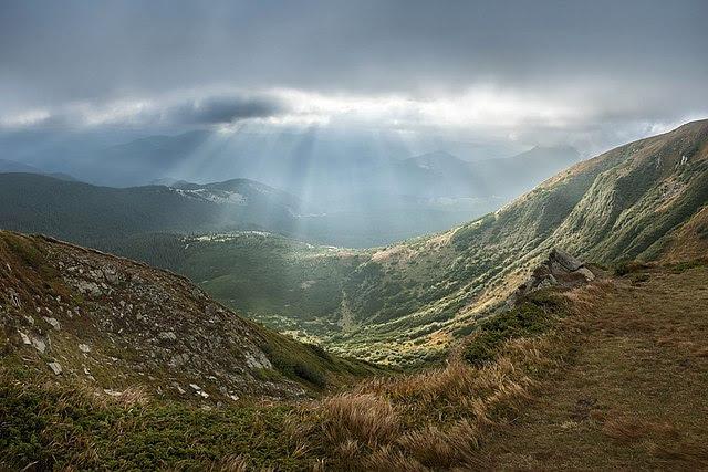 Перше місце: Вид на Карпатський національний природний парк зГоверли | Дмитро Балховітін